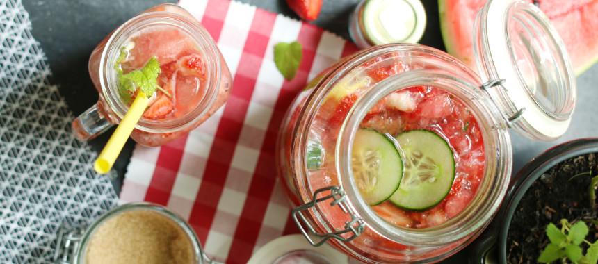 Sommer Smash mit Erdbeeren, Melone und Gurke