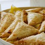 Knusperecken mit Schinken-Käse und Spinat-Feta Füllung